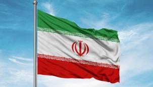 İran'ın eski merkez bankası başkanı 10 yıl hapis cezası aldı